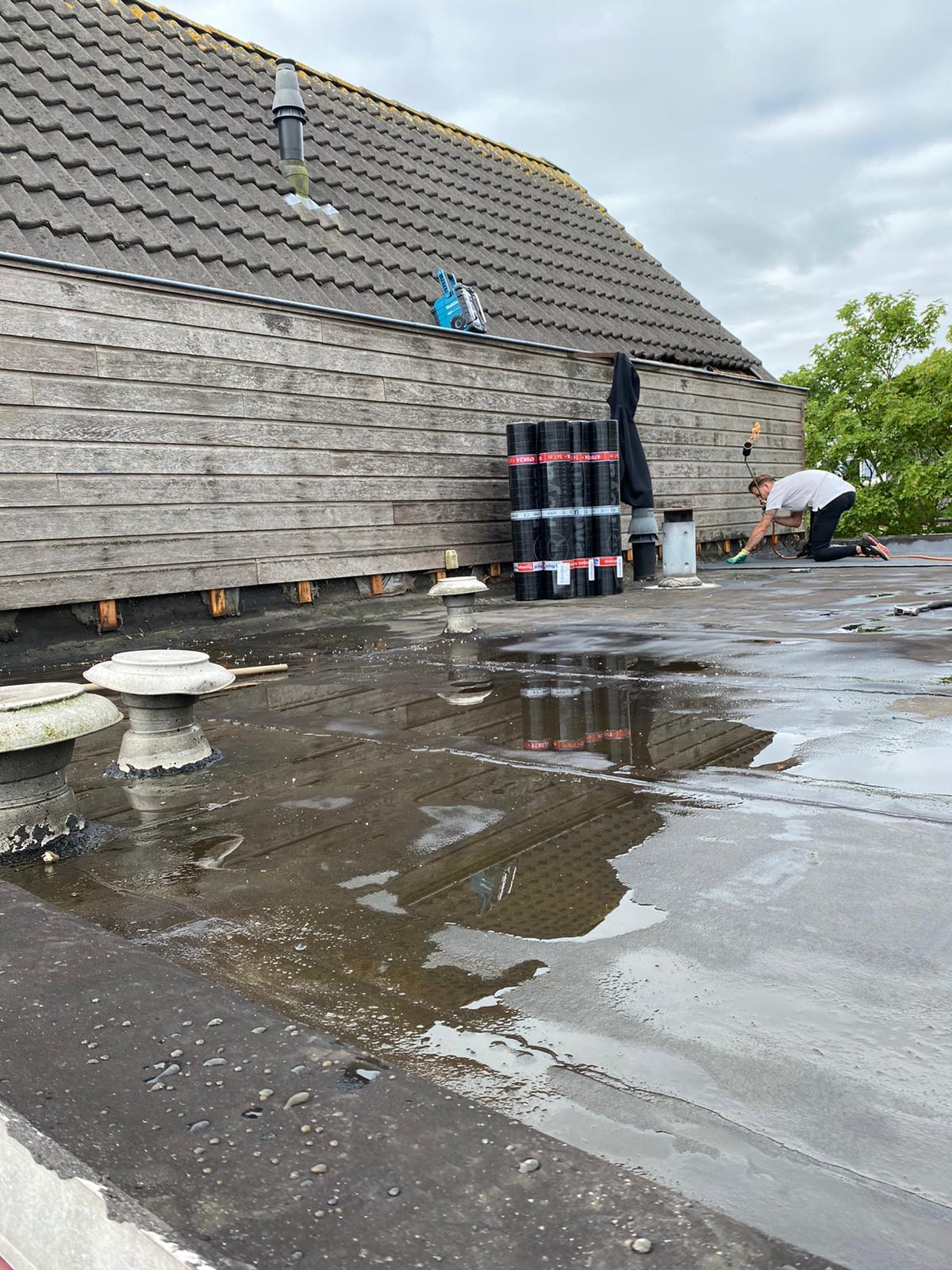 Amsterdam - Lekkage herstel en overlagen dak met bitumen