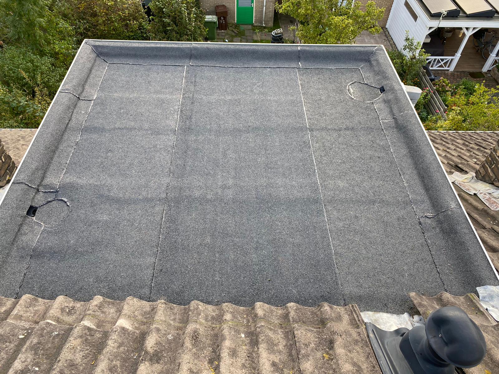 Leiden - Dakkapel overlagen met bitumen dakbedekking
