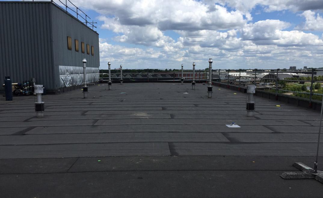 Den Bosch - overlagen van dakbedekking